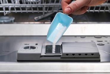 Przepis na proszek do zmywarki DIY - zrezygnuj z chemii!