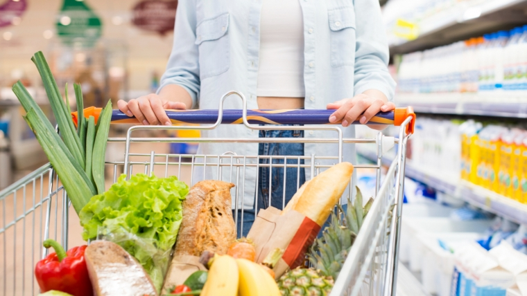 Jak oszczędzać na zakupach w supermarkecie?